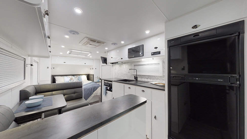 20ft Royal Tourer CF20 B - internal photo 1