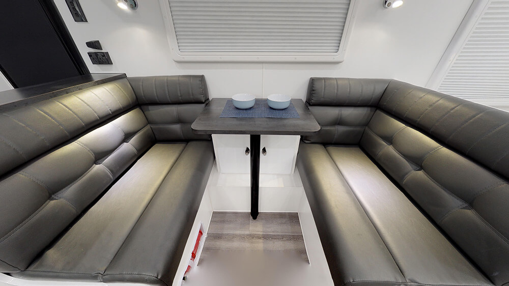 20ft Royal Tourer CF20 B - internal photo 29
